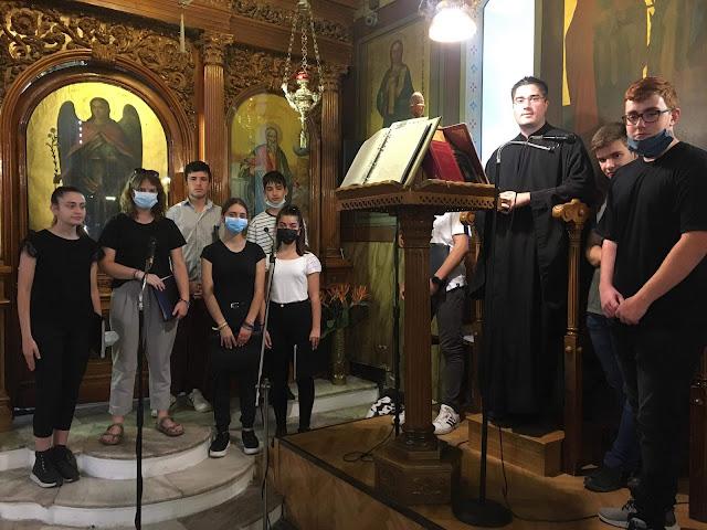 Ο Βυζαντινός χορός του Μουσικού Σχολείου Αργολίδας έψαλλε στον Καθεδρικό Ναό Αγ. Πέτρου Άργους
