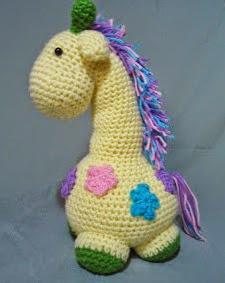 http://translate.google.es/translate?hl=es&sl=en&u=http://duchessgala.blogspot.com.es/2013/06/lennon-giraffe.html&prev=search