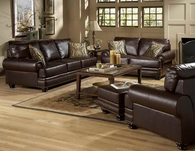 traditional living room ideas with leather sofas,