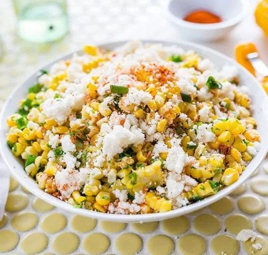 Mexican Street Corn Salad #vegetaraian #summersalad