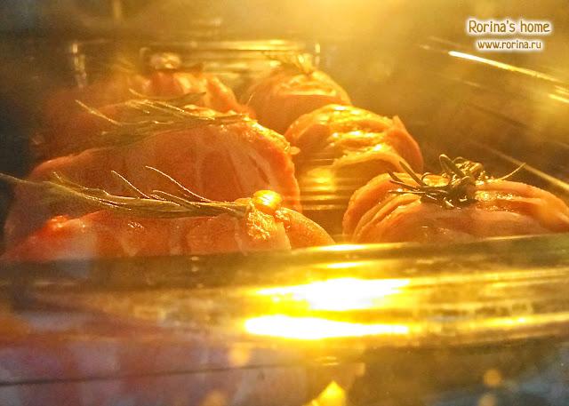 Картофель в беконе с розмарином