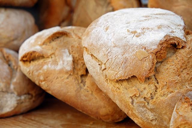 can vegans eat bread