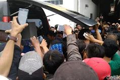 Cewek Eks SMAN 1 Tanjung Pura Itu Digorok Pelaku Dari Pintu Belakang