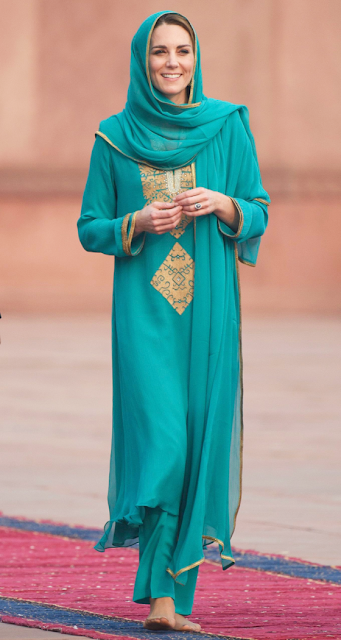 Different Looks of Kate Middleton During Her Pakistan Visit