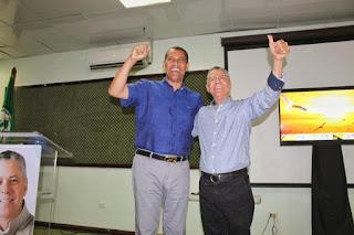 Guido Gómez Mazara anuncia apoyo a Manuel Jiménez junto a una facción del PRD en SDE