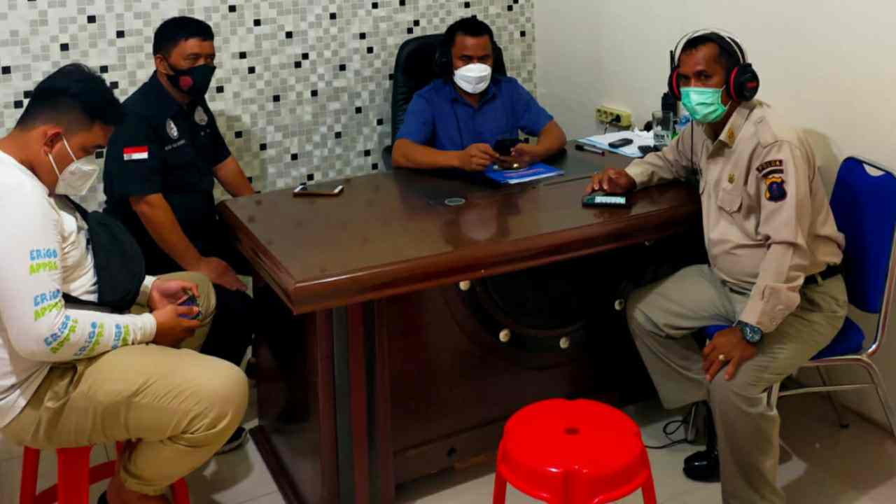 Dialog Interaktif Halo Polisi Poldasu : Bersama Kanit 2 Sat Narkoba Polrestabes Dalam P4GN Dimasa Covid-19