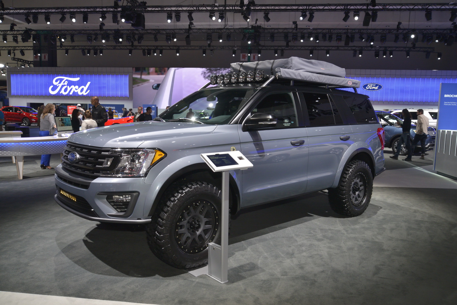 """2018 Ford Raptor Custom >> Ford Expedition """"Baja-Forged Adventurer"""" Winks At Raptor-Loving Families   Carscoops"""
