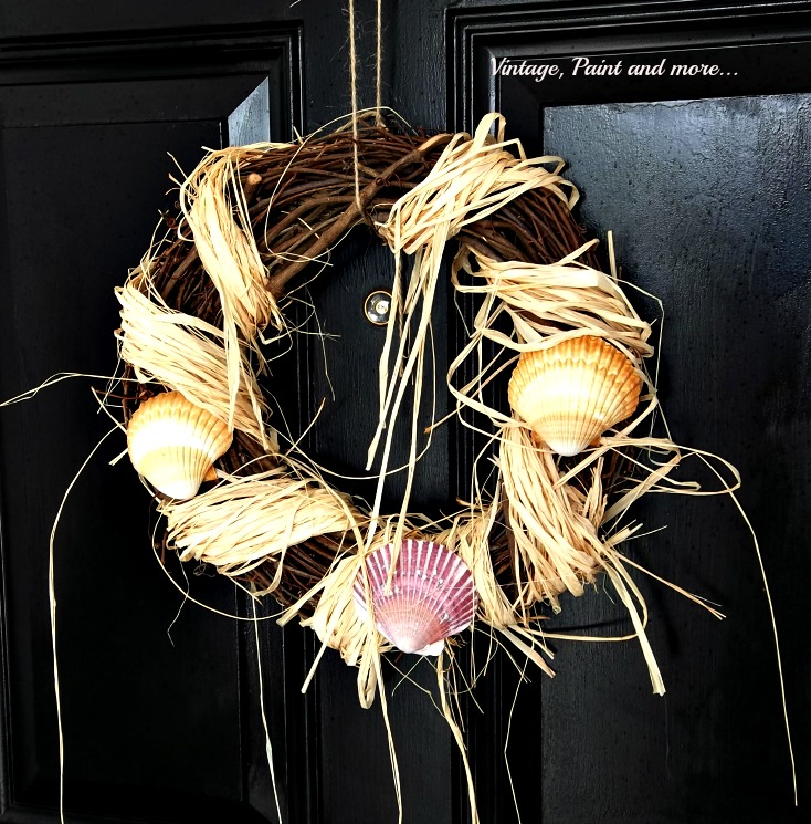 Vintage, Paint and more... grapevine wreath, shell wreath, raffia wreath