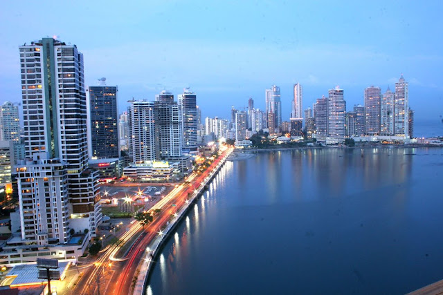 Diez de las 16 empresas de la lista publicada por la Comisión Nacional contra el Blanqueo de Capitales de Panamá son del sobrino de Cilia Flores