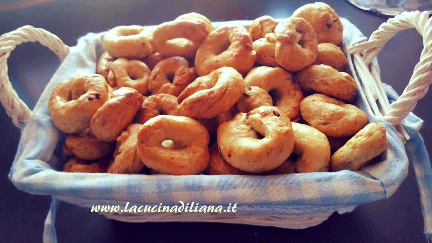 Ricetta Taralli Pugliesi Con Lievito Madre.Tarallini Con Esubero Di Pasta Madre La Cucina Di Liana