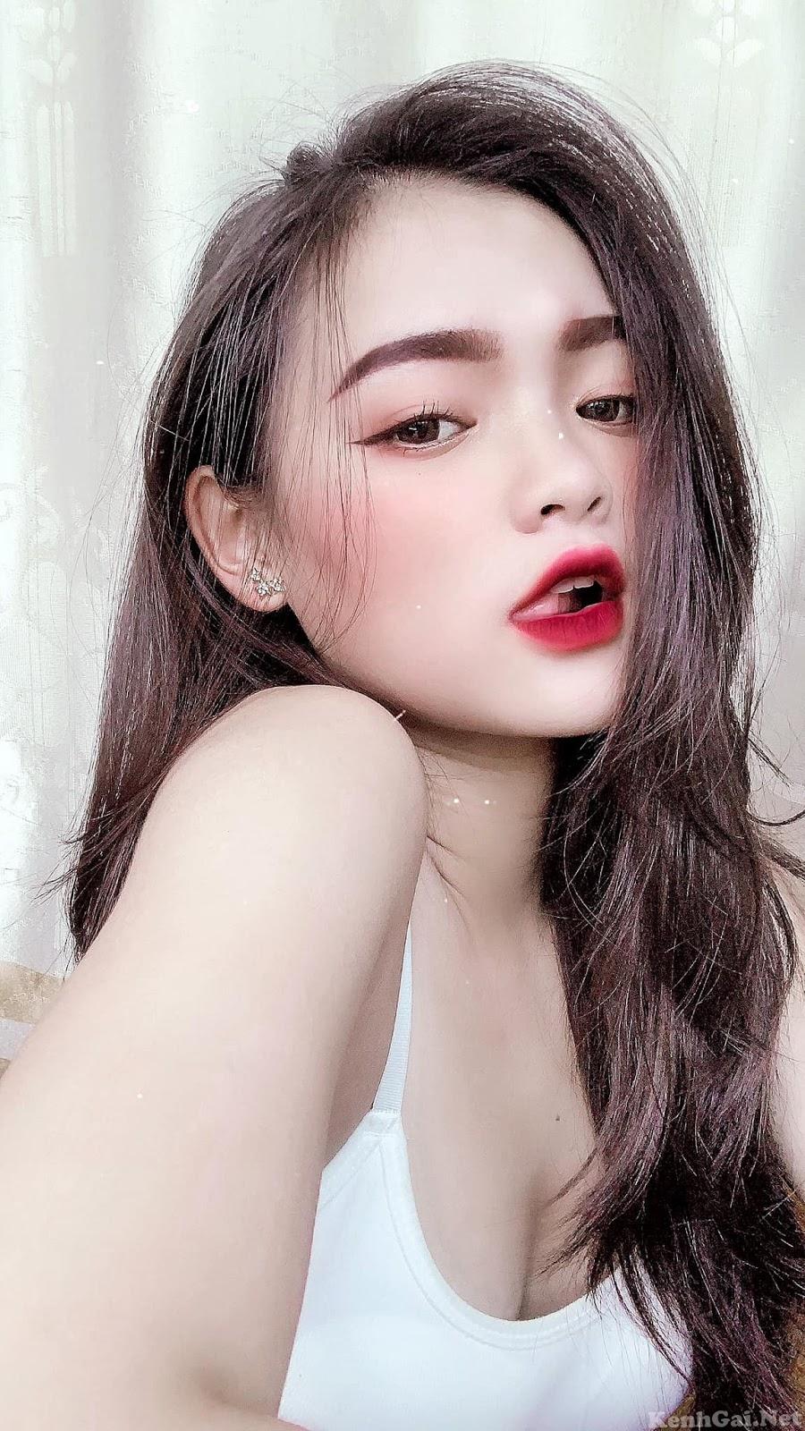 Hotgirl Trương Minh Châu   E-CUP   WWW.DEPVAILON.COM   Page 1