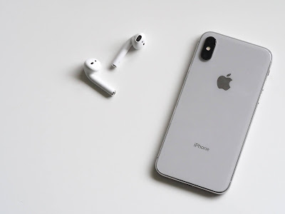 How to spy on Iphone with Apple ID?