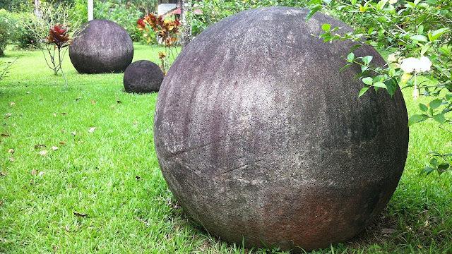 sensational-amazing-discovery-costa-rica-stone-spheres
