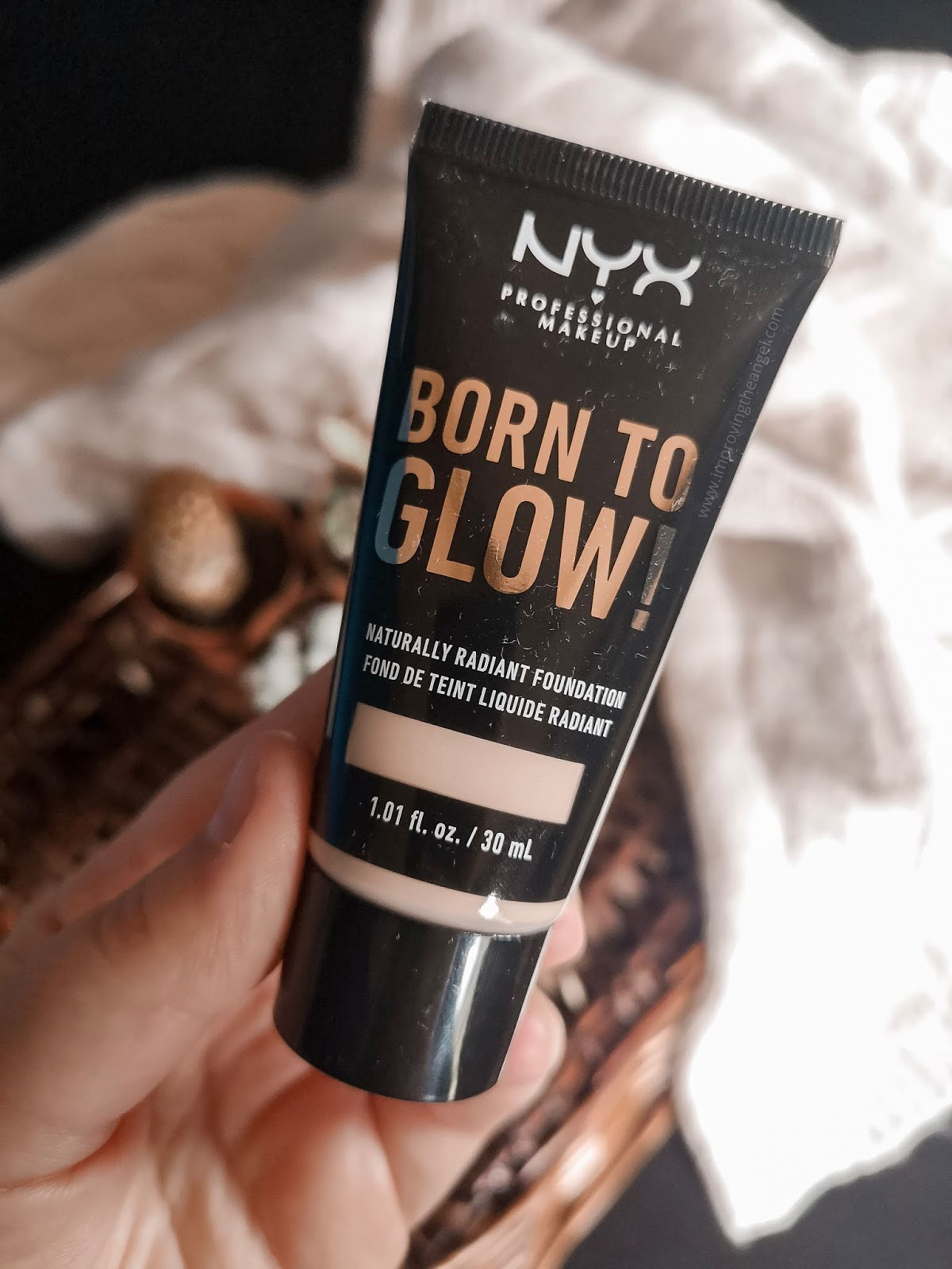 Base Born To Glow de NYX
