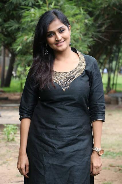 Actress Remya Nambeesan Latest Cute Photos Actress Trend