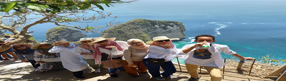 KELINGKING BEACH - NUSA PENIDA ISLAND