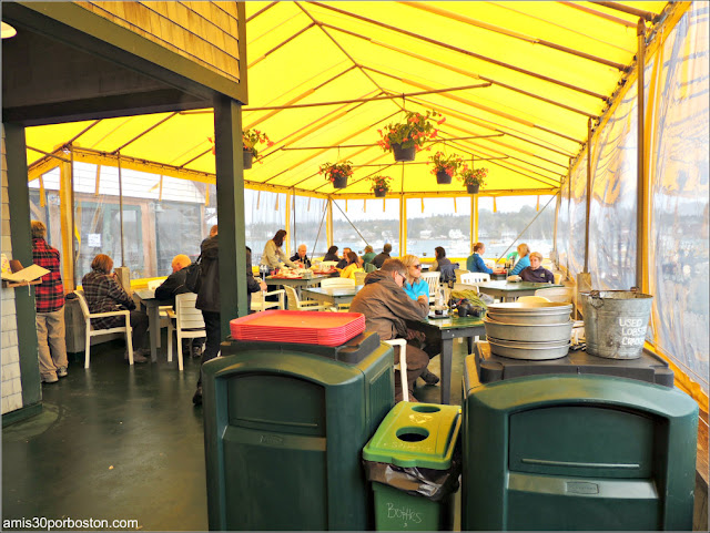 Carpa de Thurston's Lobster Pound en Maine