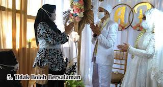 Tidak Boleh Bersalaman di Era Pernikahan New Normal