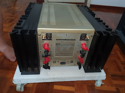 Mark Levinson Model 332 power amp SOLD) 20191226_231153