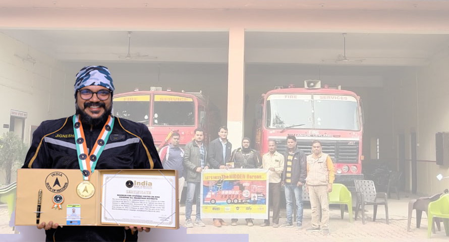 """""""Let's Meet The Hidden Heroes"""" Campaign Ride By Motorcycle Rider Jignesh Jani 