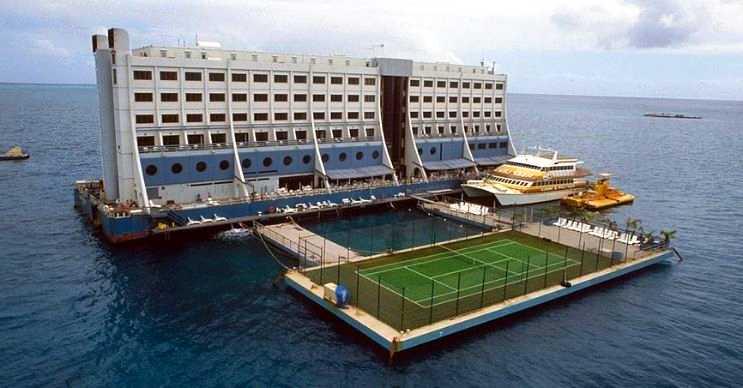 Dünyanın ilk yüzen otelinin hikayesi İsveç'te başladı ve Kuzey Kore'de son buldu.
