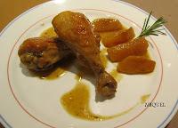 Pollo con canela y manzanas caramelizadas con sirope de ágave