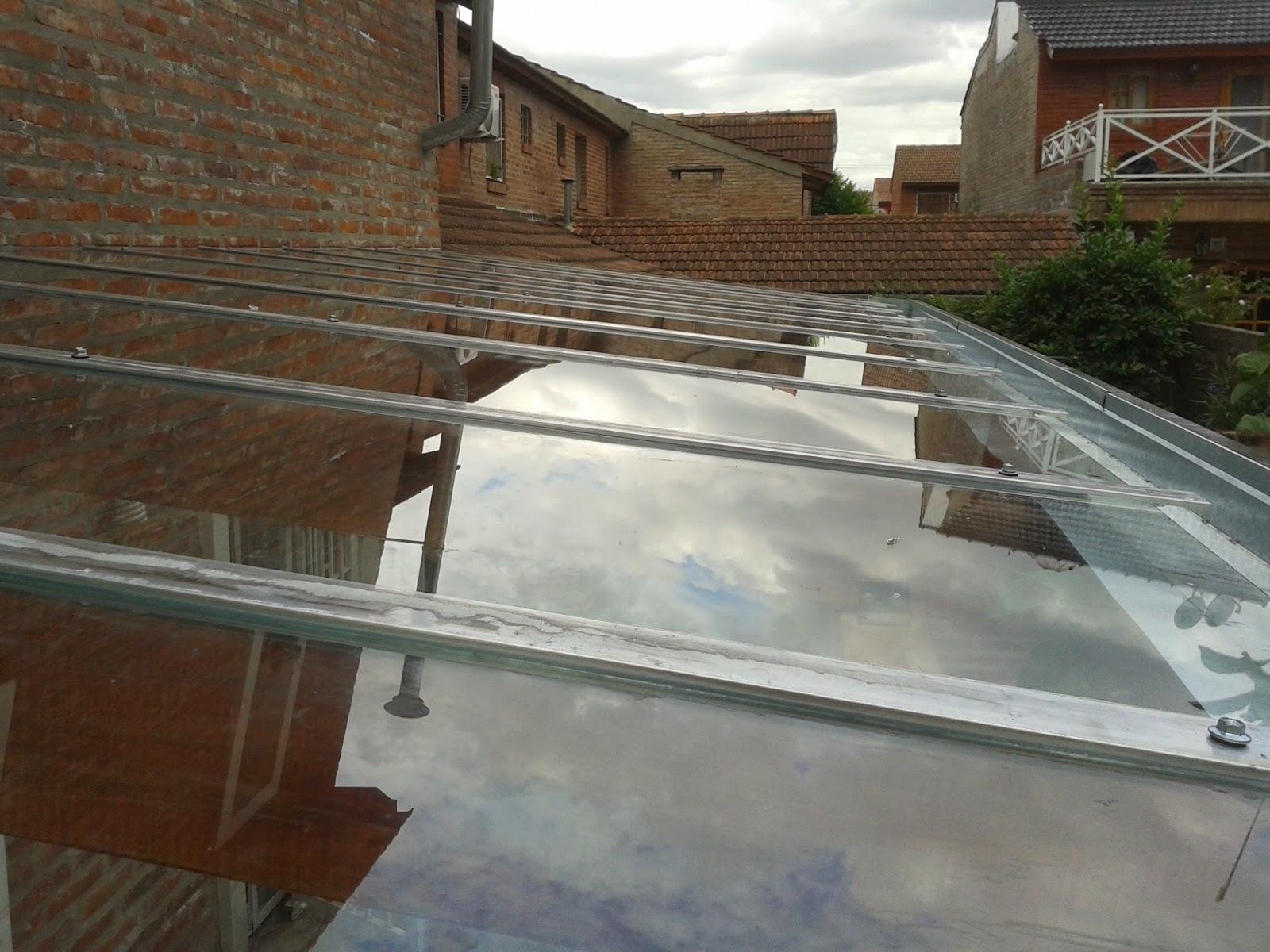 Zinka techos pergolas de madera y metalicas for Techo policarbonato transparente