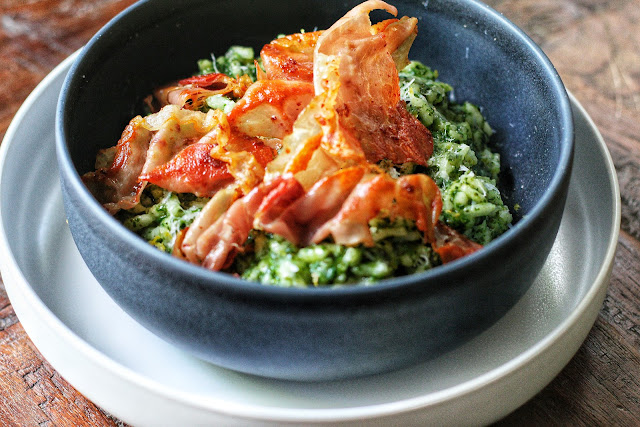 Spinach and Lemon Risotto with Crispy Prosciutto