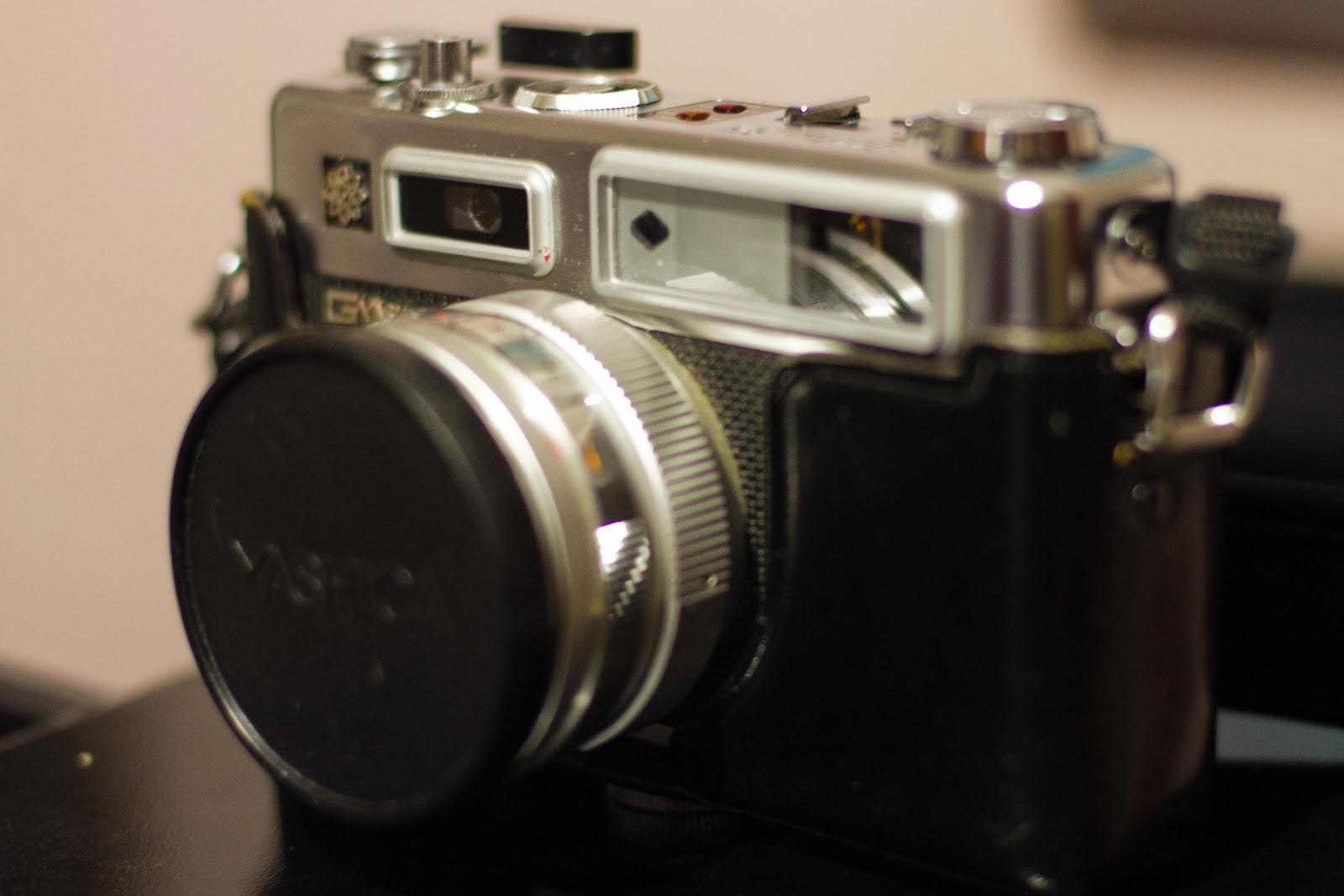 74c90d3f07b4 Esta cámara empezó a comercializarse en 1966
