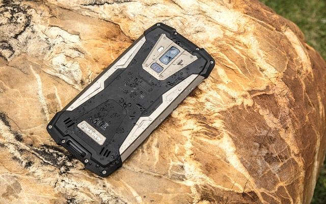 أول هاتف العالم سيدهشك يقوم %D8%A3%D9%88%D9%84+%