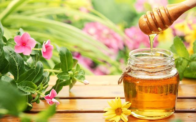 Cách trị nám da sau sinh tại nhà bằng mật ong