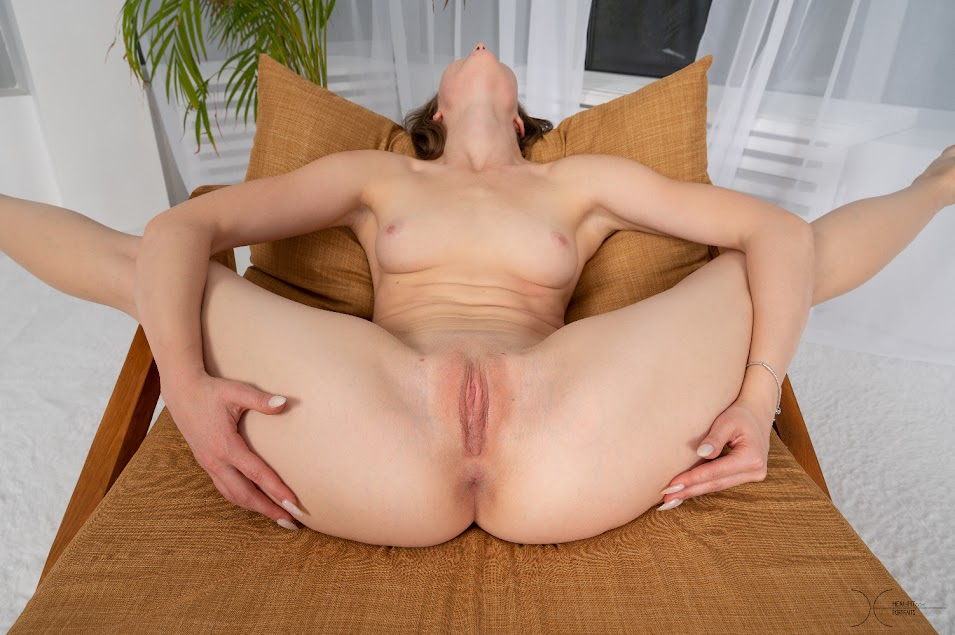 [Heal-Fit] Alice Fox - Waiting Room