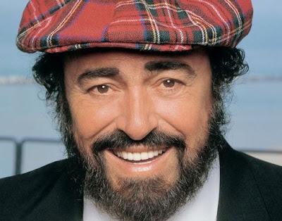 Foto de Luciano Pavarotti sonriendo