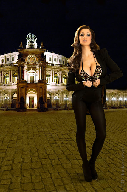 Jordan-Carver-Manege-sexy-photoshoot-hd-hot-image-17