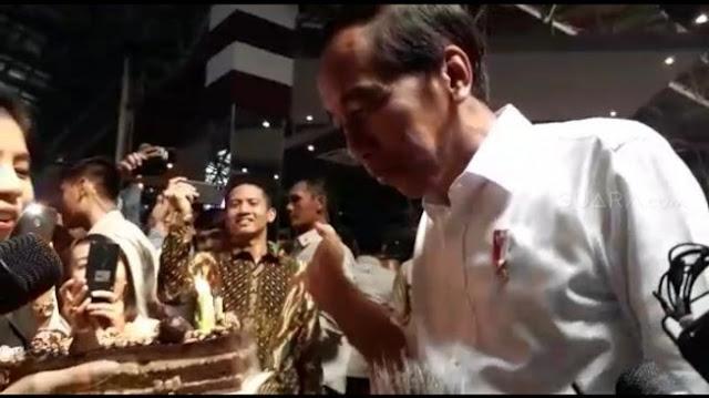 Jokowi Ulang Tahun, Fadli Zon: Mau Dikenang sebagai Pemimpin yang Banyak Utang?