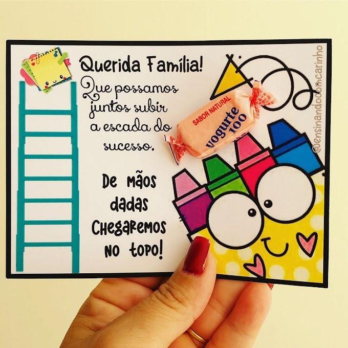 Cartão volta às aulas escada do sucesso para a família