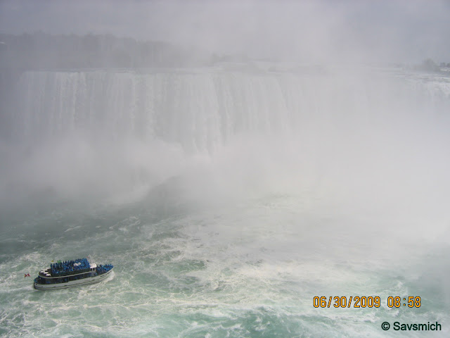 View of the Maid of the Mist with Horse Shoe Falls