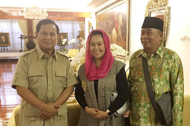Prabowo Terjebak Konyol Bila Usung Yenny Wahid Di Pilkada Jatim
