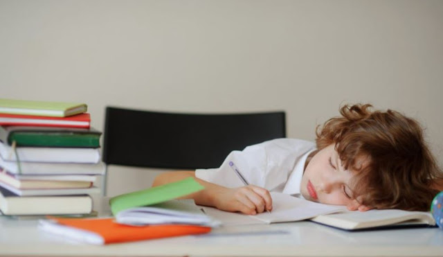 Masalah yang Timbul pada Anak Akibat Kecanduan Main HP