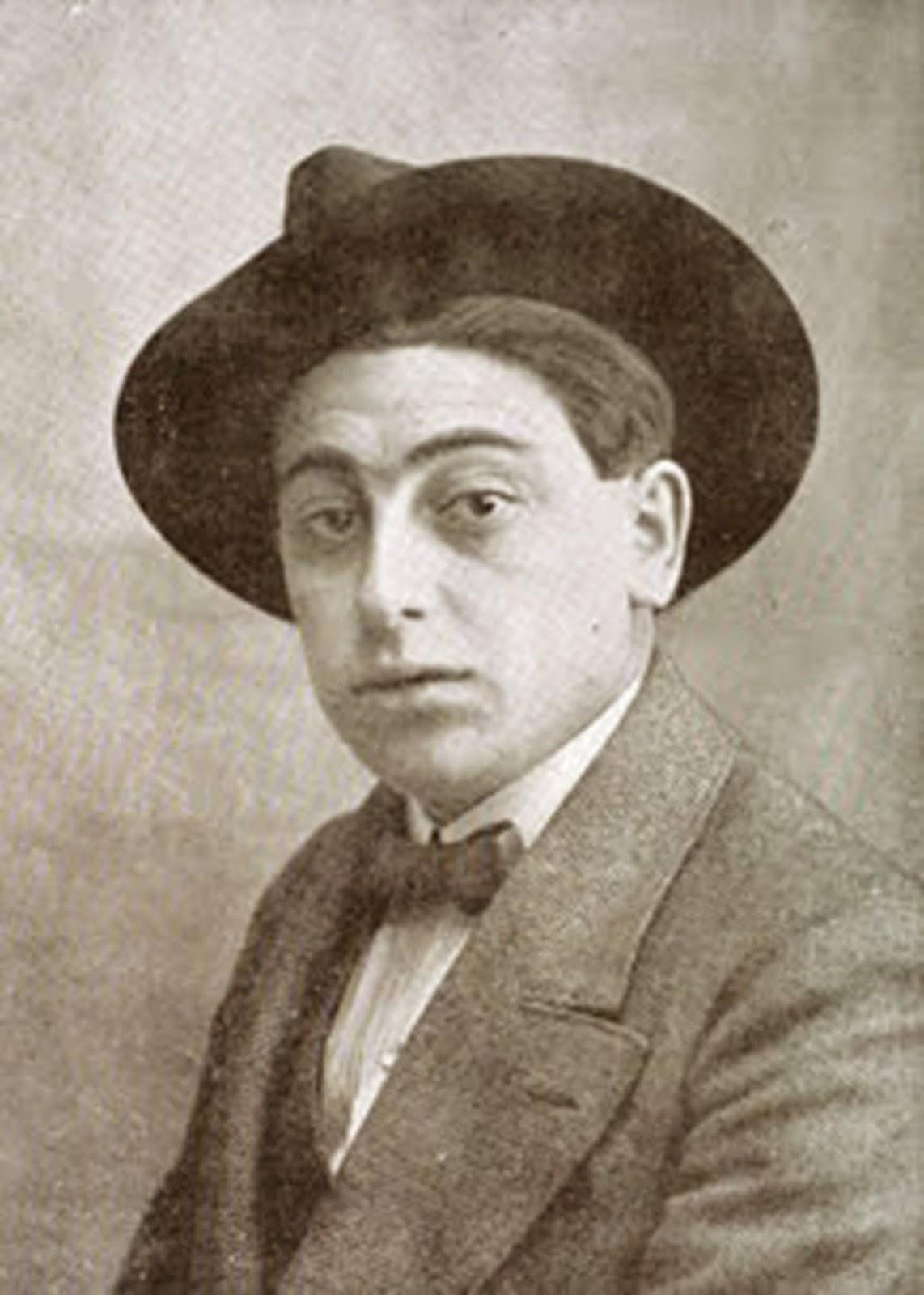 Victor Moya Calvo en una fotografía de Joven