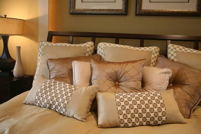I Hate Decorative Pillows Neogaf