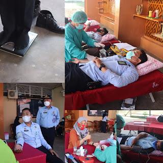 Kepala LPKA Kelas II Maros Bersama Jajaran Melakukan Donor Darah