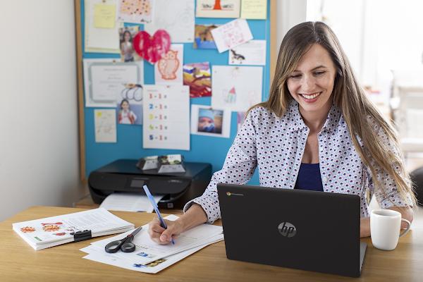 HP Suporta Professores e Alunos nas Salas Virtuais desde Qualquer Lugar