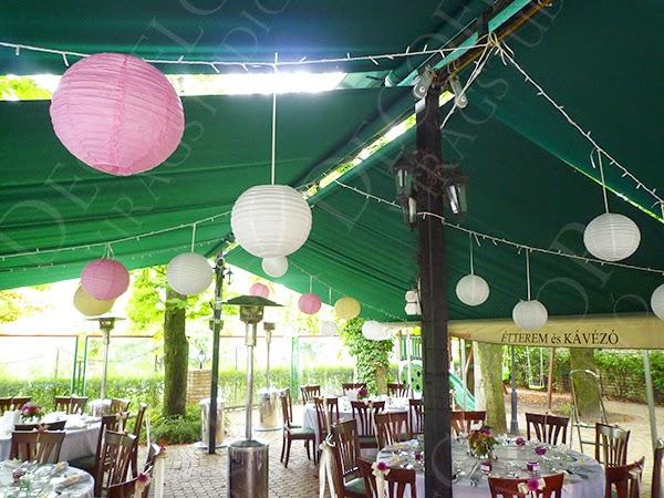 Budai Gesztenyés esküvői dekoráció, lampionok, asztaldíszítés