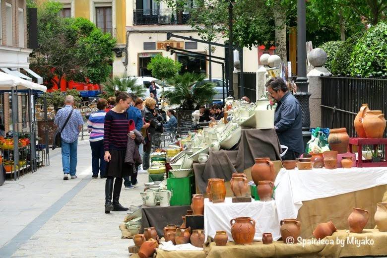 Feria de la Cacharrería マドリードの陶器市