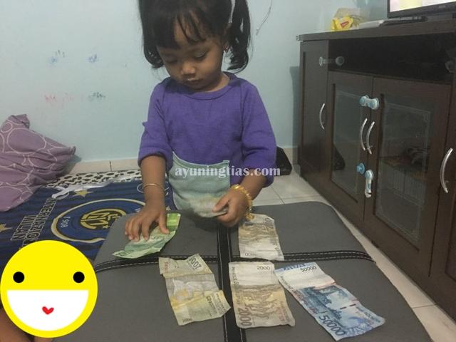Mengenal uang kertas