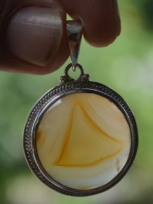 segitiga iluminati