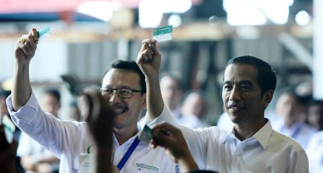 Jokowi Bebani Rakyat Miskin saat Corona, Tak Turunkan BBM tapi Malah Naikkan BPJS