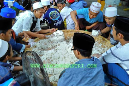 Mayoran, Tradisi Makan Ala Santri