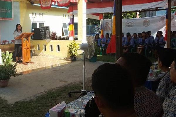 Kristina Rupinus Gotong Royong di Kampung KB Desa Boti